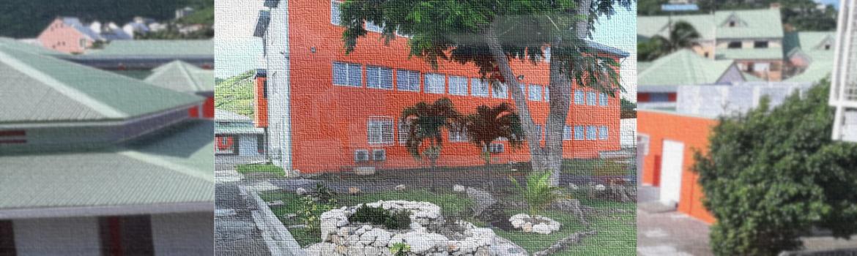 Bâtiment orange et gris